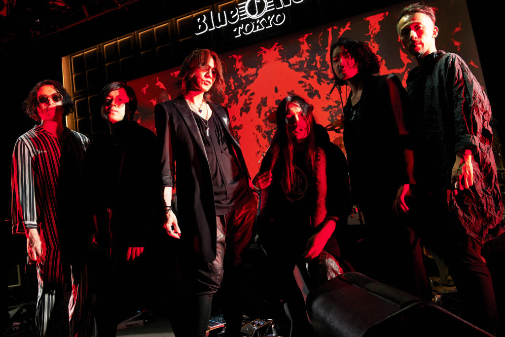 <Source:SUGIZO Official>